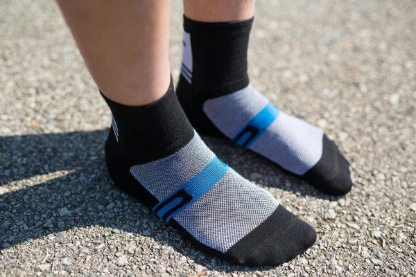 bike socks shifter blk white