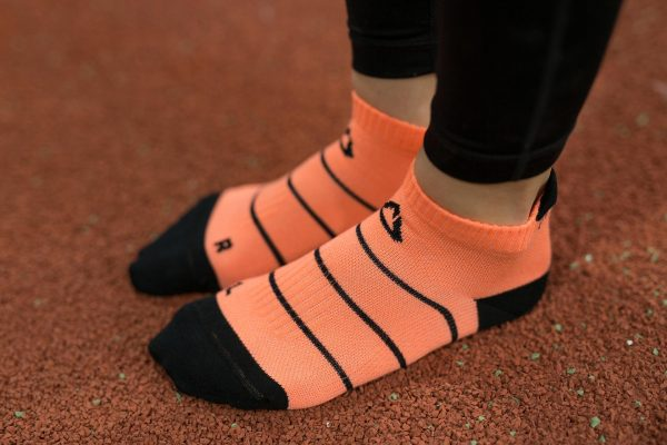 dogmasocks run barracuda stripe salmon-3