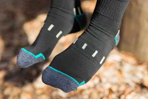 Front feet picture of dogma man mountan goat socks in black showing socks structure