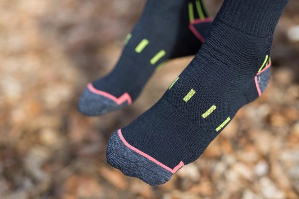 This picture is showing front feet structure of a dogma mountan goat hiking socks for woman in black