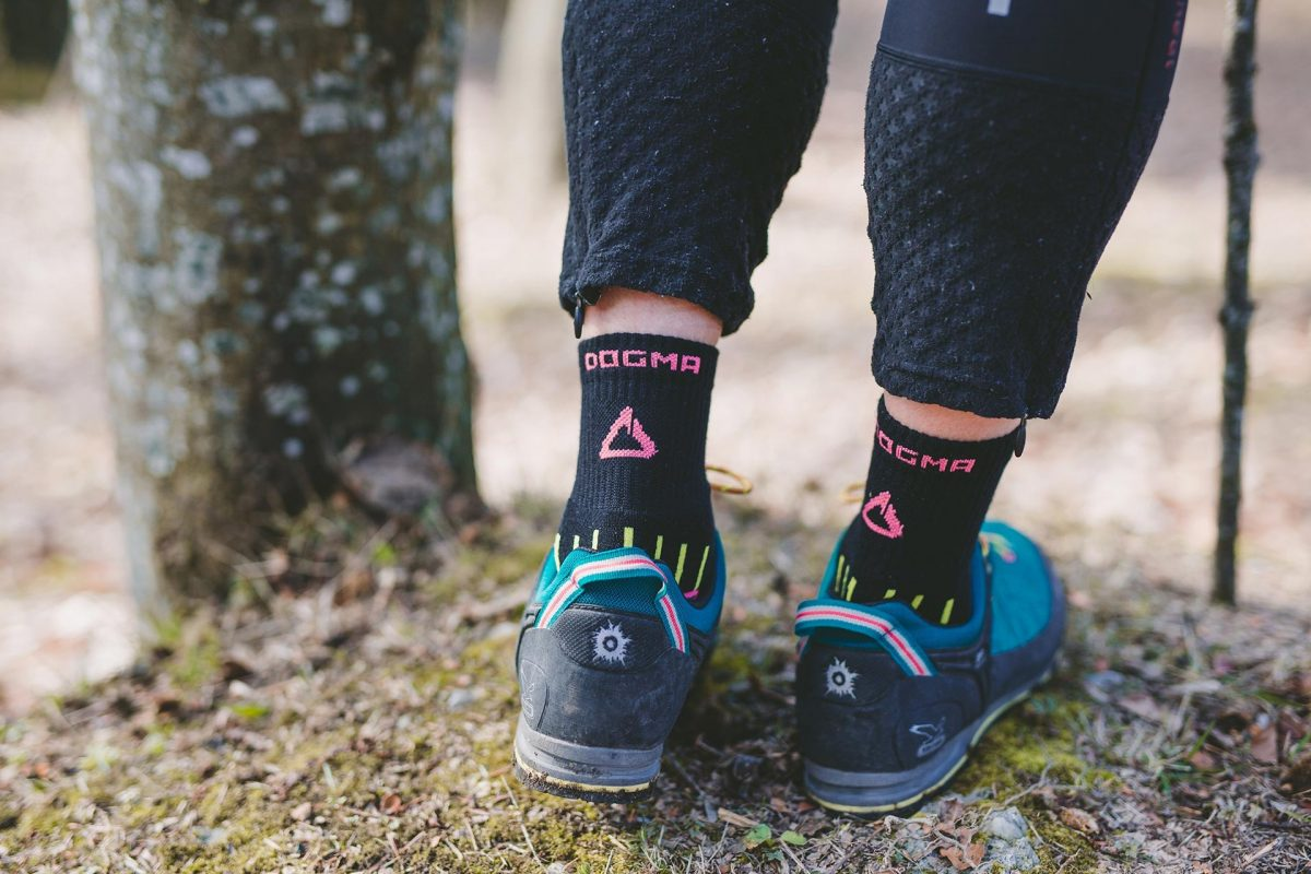 Dogma socks mountain goat hiking socks for woman in black color