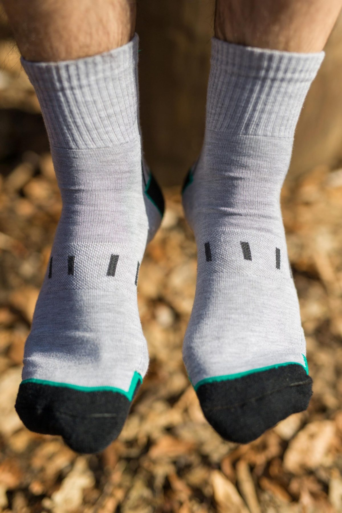 Dogmasocks man Mountain goat hiking socks in crew height, grey color