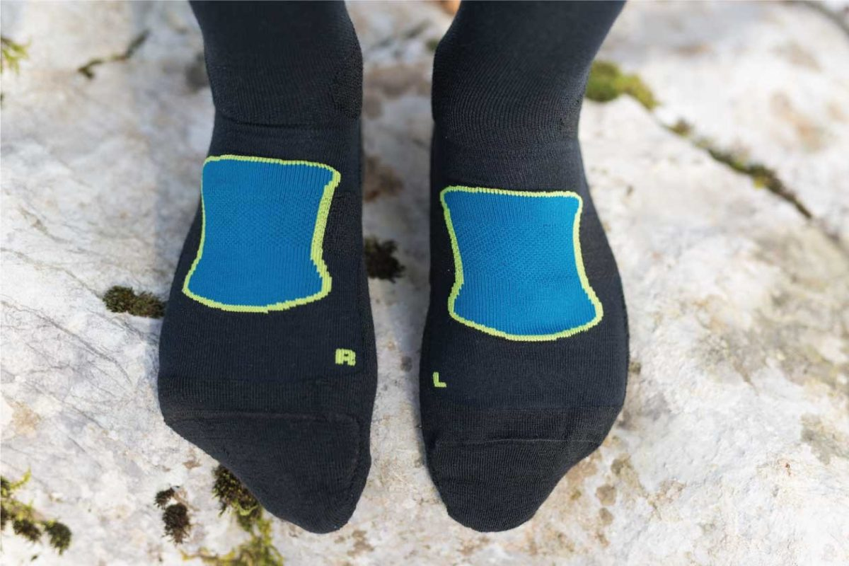 Dogmasocks Snow Eater winter socks for men in blue color. This is a featured image