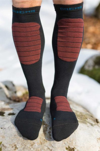 Dogmasocks Snow Eater winter socks for men with burgundy stripes. Full front design