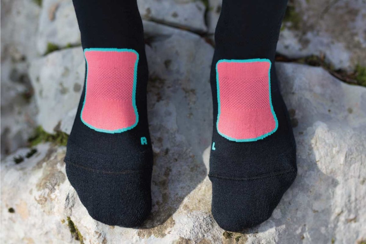 Dogmasocks Snow Eater winter socks for women. with Pink design