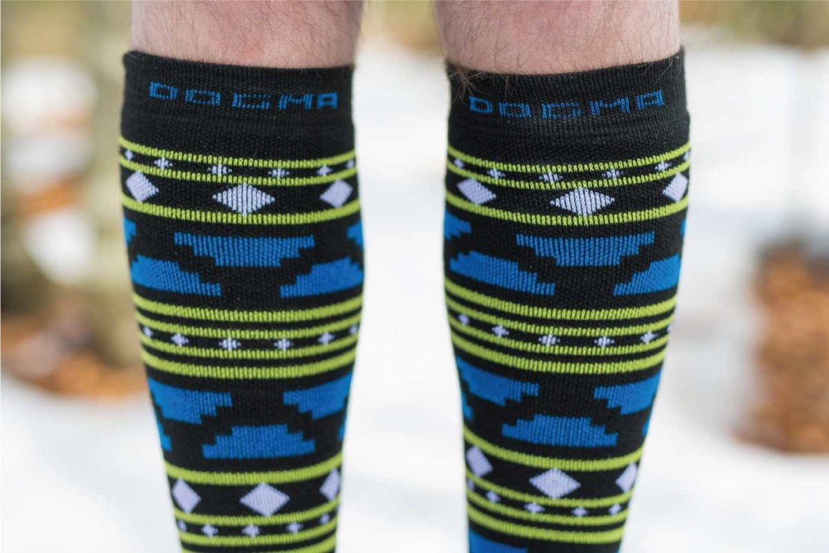 Dogmasocks snow fox aztec black winter socks for men. Close up picture od aztec design pattern