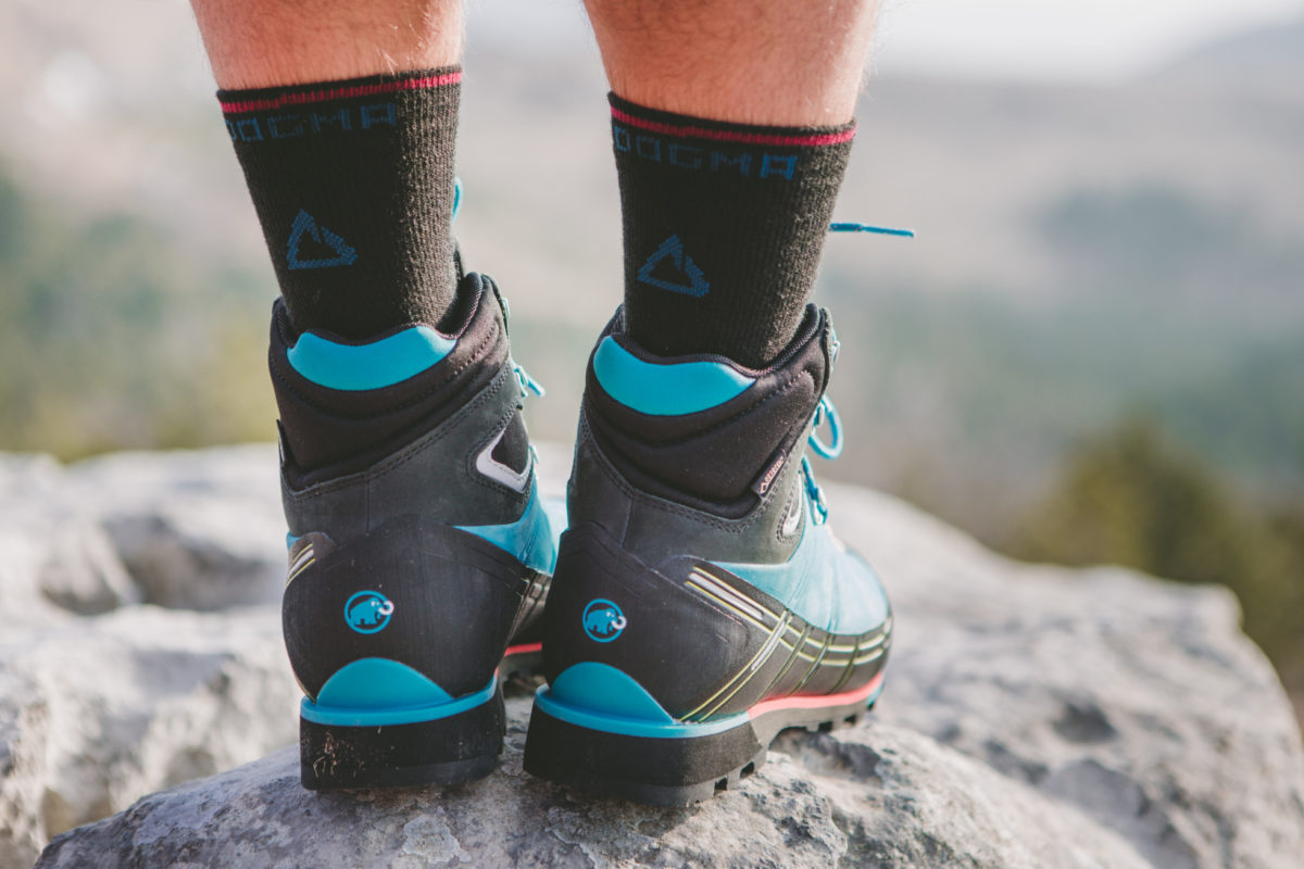 hiking shoes with hiking socks