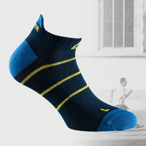 navy stripe socsk for running