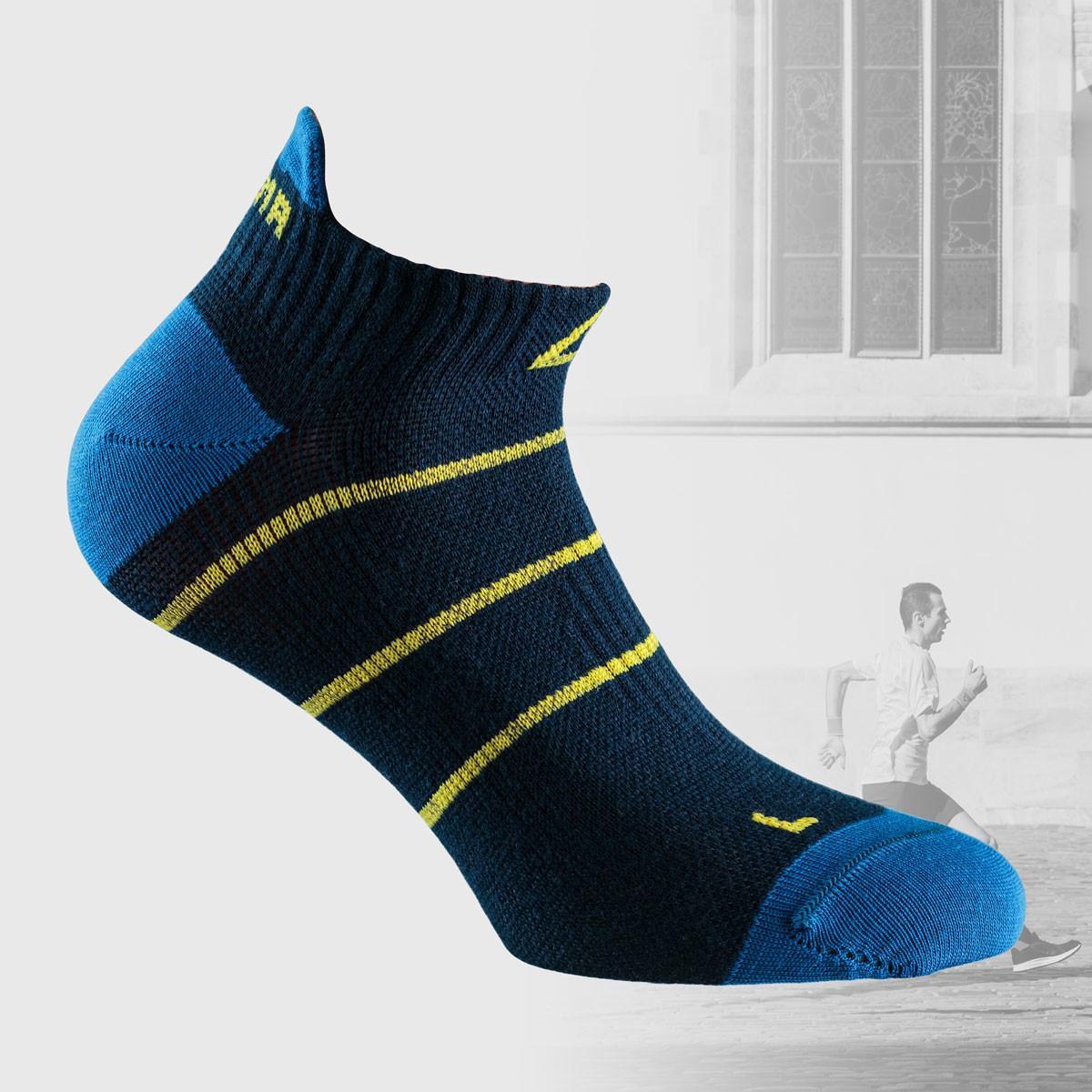 navy stripe socsk for running