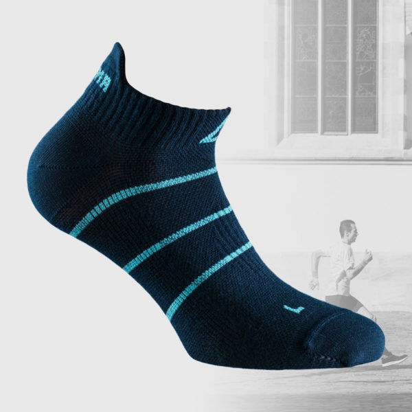 dark blue no show running sock