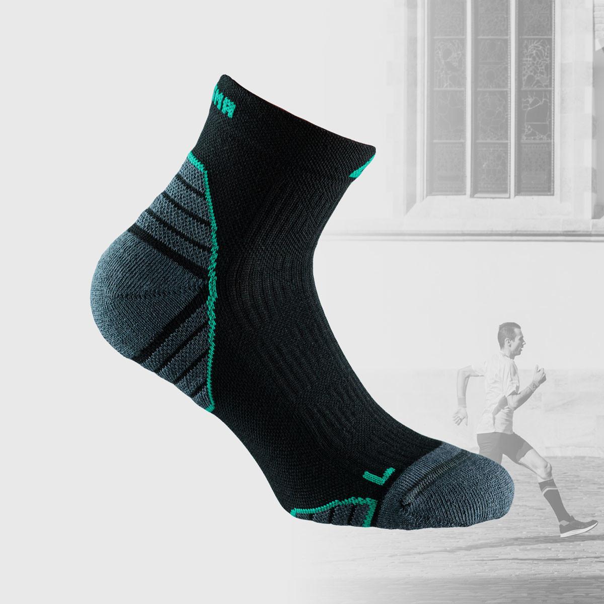 black compression runnings socks