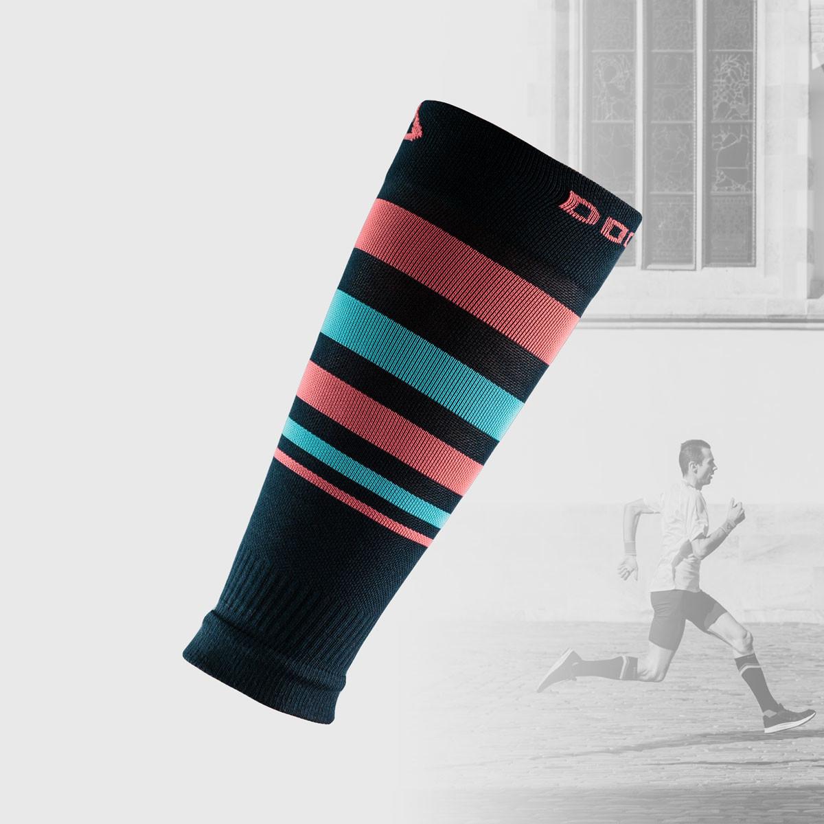 compression sleeves in stripe blue design